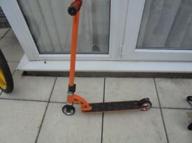 Mad Gear Pro Scooter