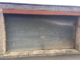 Aluminium rolling garage door