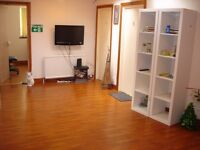 Key In Properties offers Three, 1 bedroom fully furnished bedsits very close to Bradford University.