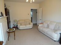 Immaculate 3 bed apartment with very large rooms and secure sparking situated in Hendon Central NW4