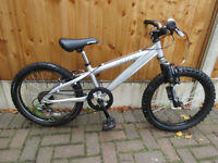 "BOYS 20"" WHEEL BIKE, SARACEN HOAX, LIGHT WEIGHT ALUMINIUM FRAME, GREAT CONDITION."