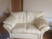 Fantastic Cream Leather suite with zipper cushions 3 and 2 seater sofa large armchair extremly comfy