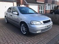 vauxhall astra silver 1.4 ls model