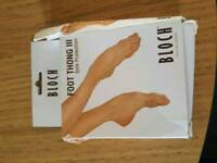 Bloch foot thongs