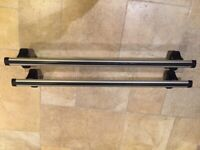 Thule aero roof bars with 750 foot pack