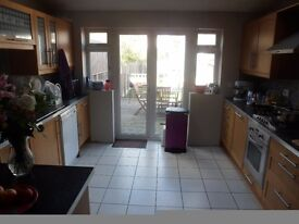 2 ROOMS AVAILABLE FOR RENT WITHIN THE SAME PROPERTY