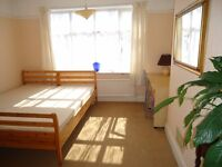large double room, queen bed, internet available, includes most bills, excellent location, tram/buss