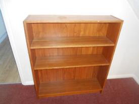 Bookcase (pine)