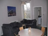4 BED FLAT IN POLWARTH