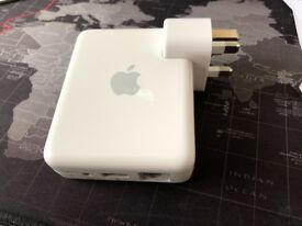 Apple Airport Express A1088 Wireless Router with AirPlay - MINT