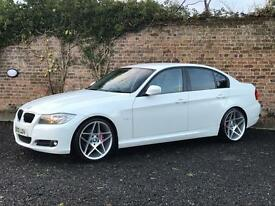 BMW 318d ES In Alpine white