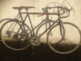Peugeot Premiere. Men's road bike. Fully serviced, fully safe and ready to go.