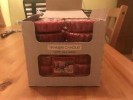 Box of 24 Yankee Candle melts