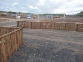 Fence erectors/General handymen