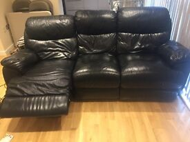 3 seater black leather electric recliner !