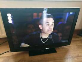 "32"" lcd tv hd Freeview usb excellent."