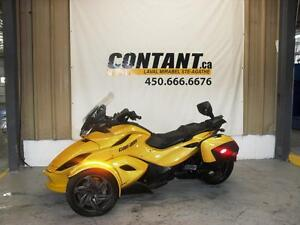 2013 Can-Am ST ( Sport Touring ) st-s se5