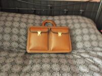 doctors style brown leather bag