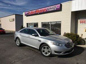 2014 Ford Taurus SEL HEATED SEATS VOICE COMMAND Windsor Region Ontario image 6