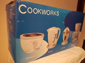 *BRAND NEW* cookworks multi appliances