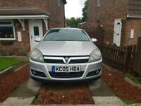 Vauxhall astra ** spares or repair **