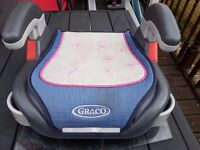 Childrens car seat simple and in good condition