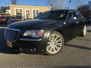 2012 Chrysler 300C Luxury Series HEMI LEATHER NAV PANO ROOF 20 M