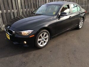 2013 BMW 3 Series 328i xDrive, Automatic, Leather, Sunroof, AWD