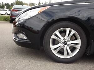 2011 Hyundai Sonata Limited | LEATHER | SUNROOF | ONLY 60K! Stratford Kitchener Area image 10