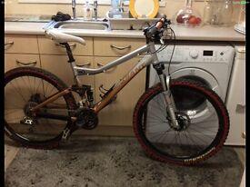Giant yukon fx2 full suspension bike