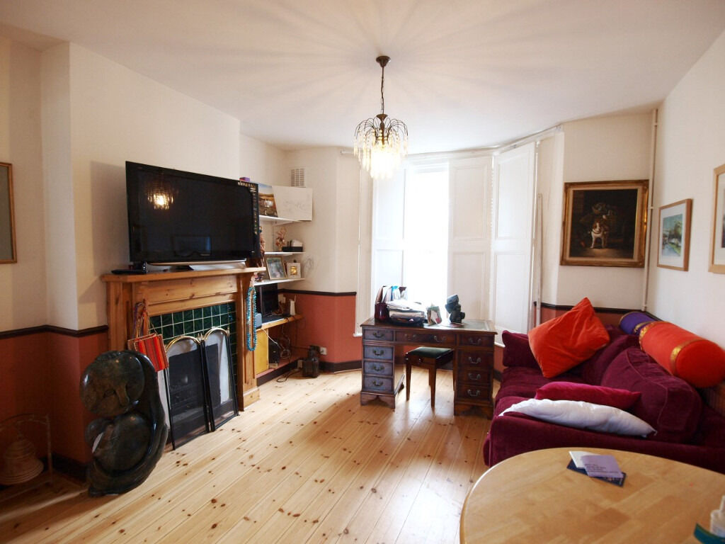 4 Double Bedroom House Inbetween Finsbury Park and Archway Tube Stations