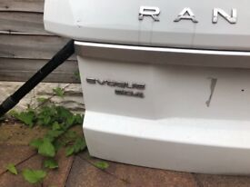 Evoque bootlid sd4