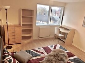 Double Room, Swiss Cottage, Hampstead,