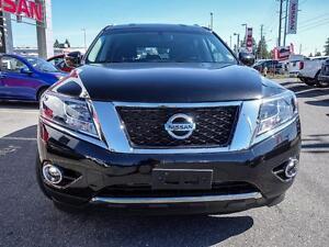 2016 Nissan Pathfinder SV, AWD, JUST 20,639KM! Backup Camera, Ro