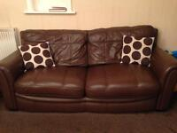 *Bargain 3 Piece Leather Suite