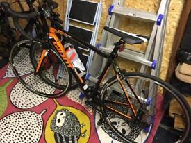 Giant defy 4 bike