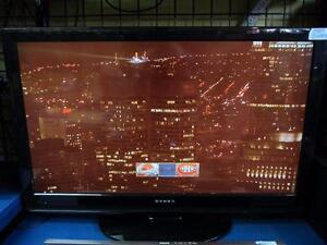Téléviseur 40 pouces de marque DYNEX