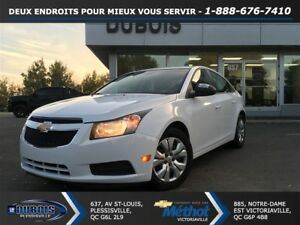 2012 Chevrolet Cruze LS + AUTOMATIQUE + EXCELLENTE CONDITION