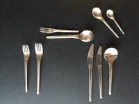 Modern 9 piece cutlery set for 8 place settings, with serving spoons NOT IKEA!!!
