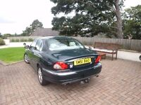Jaguar X-Type 3L Saloon 2001 85000 miles MOT Dec tow bar and Roof rack £500