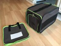 Pet carry case and accessory bag