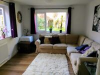 Family home fully equipped for 6+ with parking and enclosed garden available for Xmas let