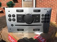 VAUXHALL CD30 CD PLAYER - STEREO - FULLY WORKING