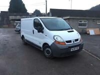 Renault trafic 1.9 dci 6 speed ( full service history)