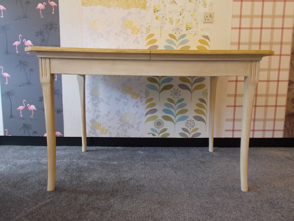 Country/Coast/Urban Living Wood Dining Table