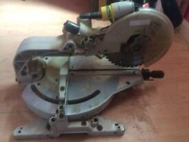 110v Makita compound mitre saw