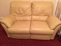 Natuzzi Cream Leather 3 seater and 2 seater sofa recliners