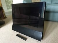 """Mint Black Bang & Olufsen beocenter 6 26"""" Television and BEO4 Remote control"""
