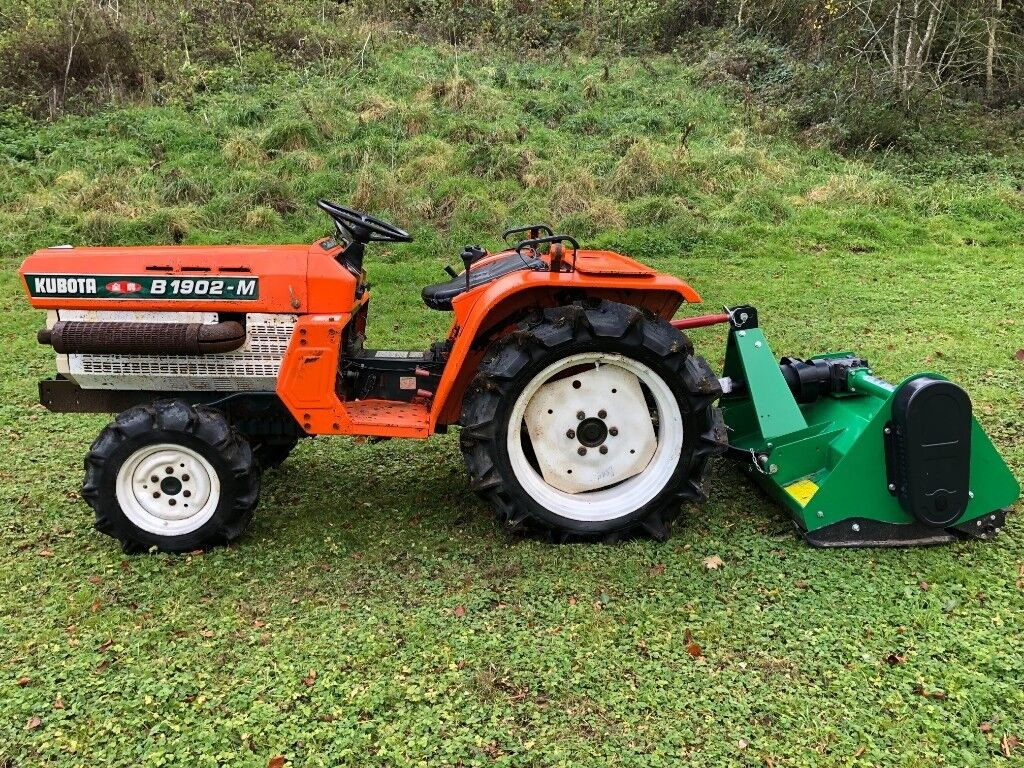 Kubota B1902 4WD Compact Tractor with New Flail Mower, 20HP, 472 Hours  **VIDEO**   in Gloucester, Gloucestershire   Gumtree