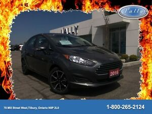 2016 Ford Fiesta SE, Local vehicle, Mint!!!